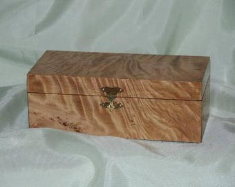 Quilted Matia Jewelry box,wood turning,Bedroom,Jewelry