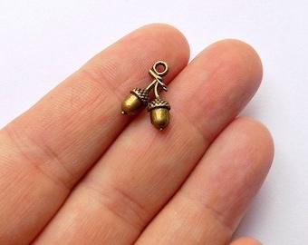10 Acorns Charms - Antique Bronze - 3D - #B0044