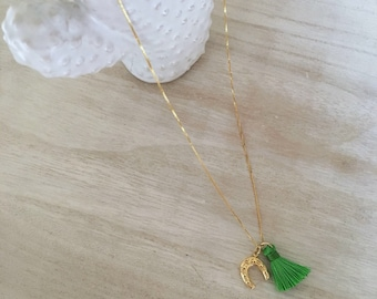 Golden necklace with Horseshoe and green Nappa-Silver 925