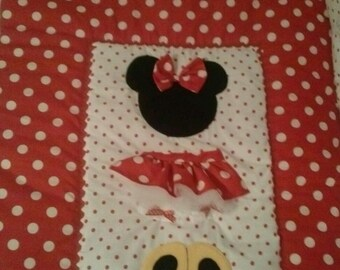 Minnie Mouse Baby Crib/Toddler Bedding Quilt