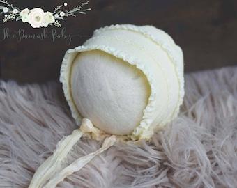 Newborn Bonnet, Yellow Newborn Bonnet, Ruffle Newborn Bonnet, Photography Props, Baby Girl Bonnet, Newborn Hat, Newborn Bonnet Prop