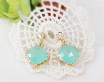 Mint Crystal Earrings, Crystal Silver Post, bridesmaid gifts, wedding jewelry, glass earring, mint