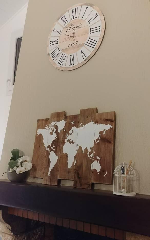 tableau carte du monde bois mappemonde palette carte du. Black Bedroom Furniture Sets. Home Design Ideas