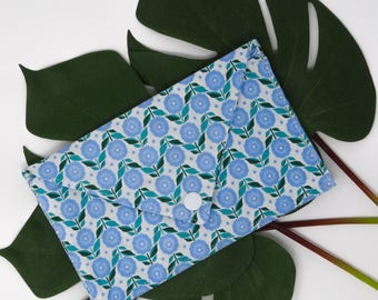 Pocket envelope, card holder, flow, flowers, blue, green, White Butterfly