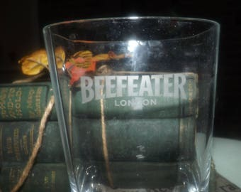Vintage (mid 1990s) Beefeater London Dry Gin etched-logo glass.  Heavily weighted base, commercial quality.