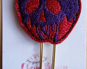 Poison Apple Paper Clip in Red