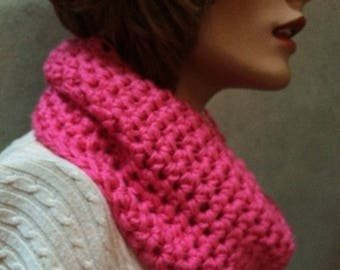 Hot pink chunky cowl  Cowl circle scarf, Hand crochet cowl scarf, crochet circle scarf, infinity scarf, chunky winter scarf, womens accesory
