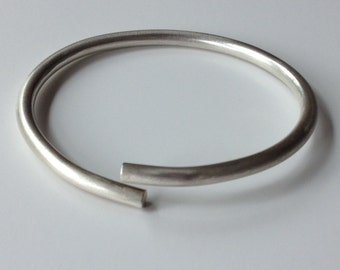 Sterling Silver Oval Bangle