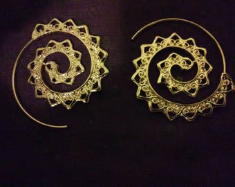 Swirling Heart Earrings