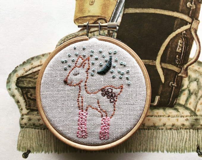 hand embroidery kit | hand embroidery | modern embroidery kit | DIY embroidery kit | pinky patrice