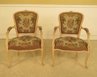F44301EC: Pair French Louis XV Style Needlepoint Arm Chairs