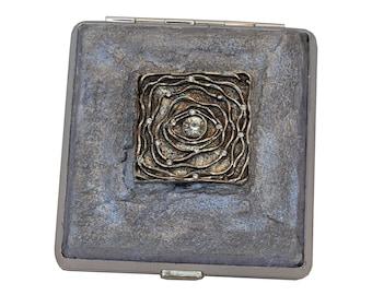 Womans Decoupage Cigarette Case, Cigarette Holder, Decorated Cigarette Case, Metal Cigarette Case, Cigarette Box, Business Card Holder