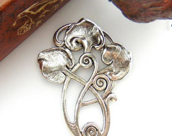 ANTIQUE SILVER * Art Deco Lily Pads Motif Stamping ~ Jewelry Oxidized Findings (FB-6051)
