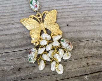 Pearly Butterfly Keychain / Bag Ring