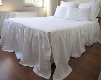 Three Sided Skirted Coverlet 30 35 Inch Drop Ruffle Bedspread