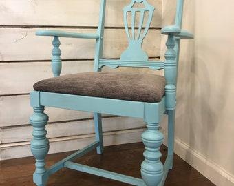 Higgin's Lake Chair