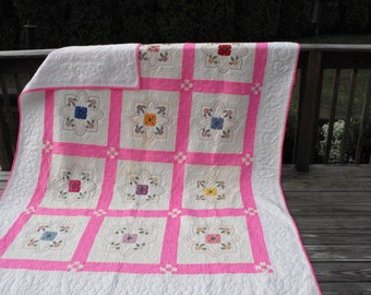 Victorian quilt, embroidered quilt, hand quilted bed quilt, wedding quilt, heirloom quilt, wedding gift, wedding shower, bridal shower,