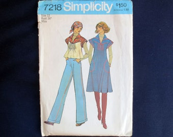 1975 Top or Jumper with Tucks Uncut Vintage Pattern, Simplicity 7218, Size 12, Bust 34