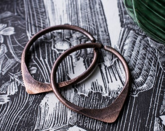 copper hoops gauges earweights 10g 8g 3mm teardrop triangle oxidized rustic distressed raw rough matte finish one of a kind organic shape