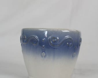Pretty Napco Blue flower pots