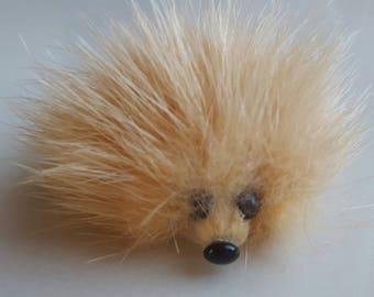 Keyring / bag charm or telephone Hedgehog mink 6 cm