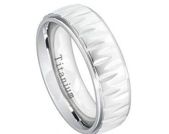 White IP Plated Titanium Ring with Alternating Notches Texture – 7mm