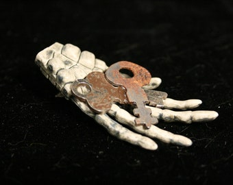 "Skeleton hands hair clips steampunk keys geek halloween gothic ""rusted"" -- Sisters of the Moon"