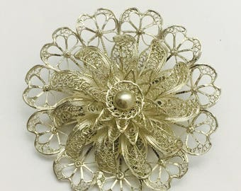 Vintage Sterling Silver 3D Filigree Round Flower Brooch - 12.5 Grams