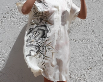 Vintage cream 100% silk painted tunic dress.size L