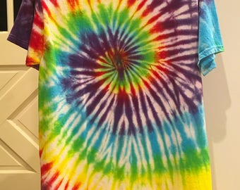 Spiral rainbow tie dye t-shirt, medium
