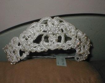 Vintage Bridal Headpiece in ivory