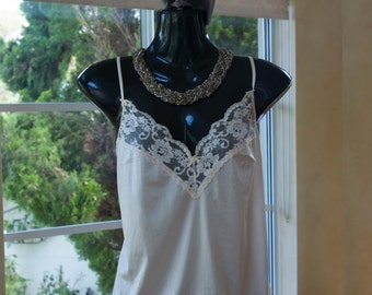 Vintage 1980s Lace and Soft Silky Nylon Camisole in Cream, Size 12 (378)