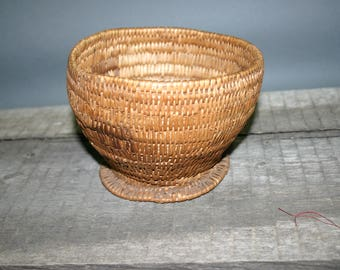 """Antique Jicarilla Apache Footed Basketry Bowl - 4.5"""" x 7"""" - c. 1900s"""