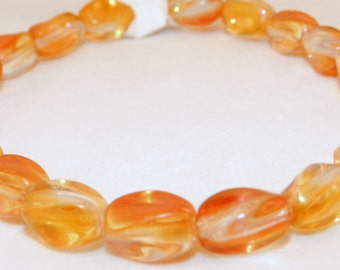Amber Twist beads - Amber Czech glass twist bead 10x5mm