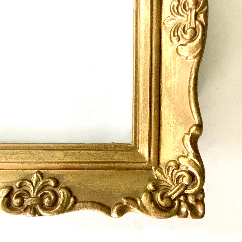 Vintage marco de oro adornado / miniatura Hollywood Regency oro ...