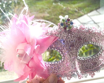Pink and Silver Masquerade Bridal Mask, Mascarade mask, Pink mask, lace mask, mardi gras, costume, sweet 16, homecoming, halloween mask,