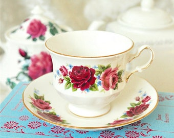 Queen Anne Pink Roses Teacup and Saucer Bone China England '8637'