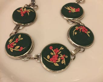 5 round link bracelet, applique style
