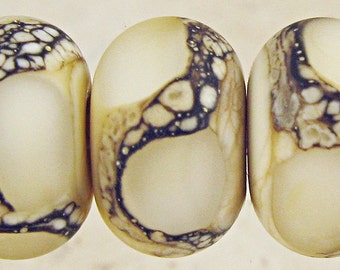 Cream Glass Beads Handmade Lampwork Etched Frosted Matte Finish and Webbed Accents Set of 6 11x7mm Cream Velvet