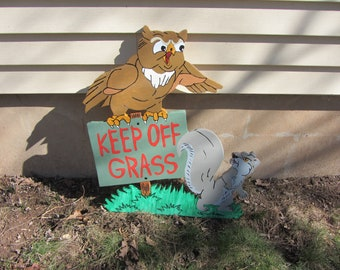 "Handmade custom painted "" Keep off the grass "" yard sign"