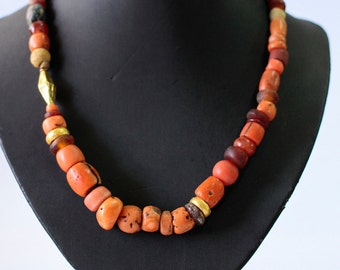 Ancient Coral Necklace, Red Coral Bead Necklace, Natural Coral Necklace, Red Coral And Gold Beads, Boho Chic Necklace, Artisan Necklace