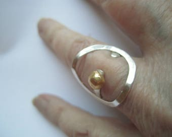 Unique Sterling Silver Handforged Ring With Ball of Reworked 18 K Gold Pieces. Bague Argent Avec Or. Contemporary Ring