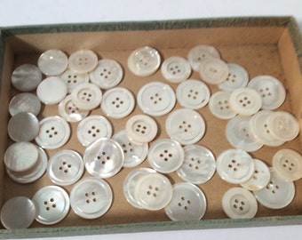 Lot of larger Mother of Pearl Buttons