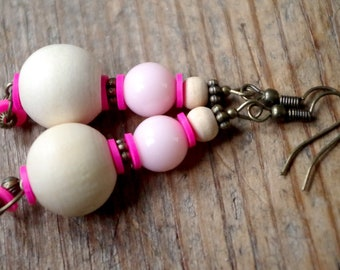 Pink earrings with wooden beads