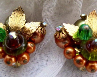 Juliana Style Autumn Color Clip on Earrings / Estate Jewelry / Mid Century Earrings /