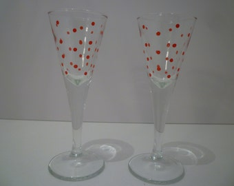LIQUEUR GLASSES.  Set of Two Vintage 1950's Retro Style Liqueur Glasses.
