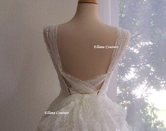 Iris - Retro Style Bridal Gown. Lace Tea Length Wedding Dress. Vintage Look.