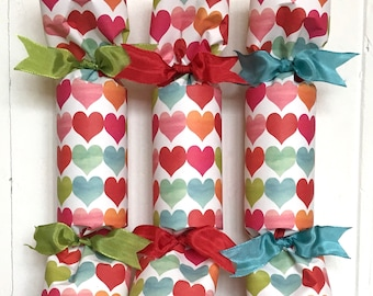 Watercolor  Hearts Party Cracker