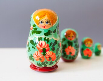 Matryoshka (5 dolls)