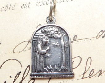 Small Sterling Silver St Francis of Assisi Feeding the Birds Medal Necklace - Patron of Animals and the Environment - Antique Replica